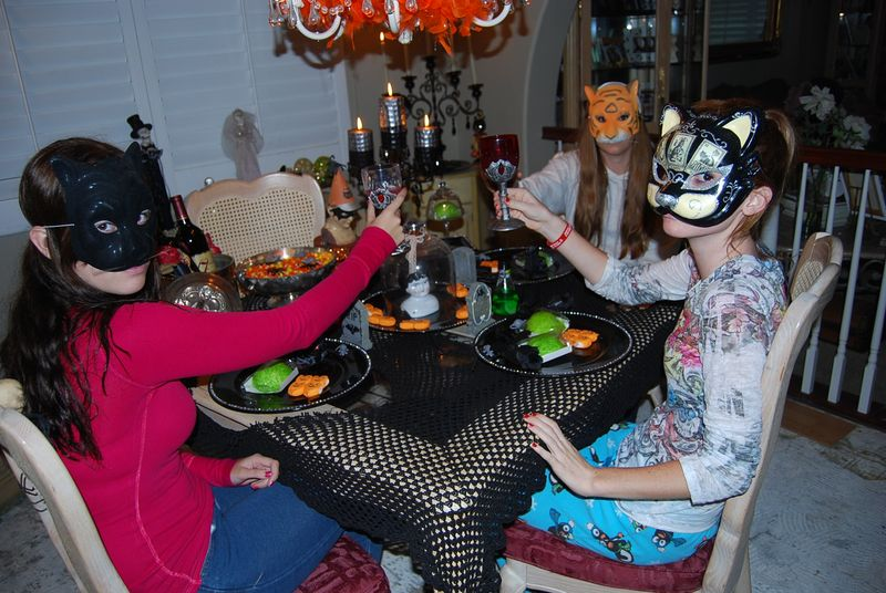 Halloween tea party 028